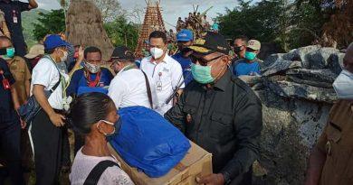 Wakil Gubernur NTT Josef Nae Soi Kunjungi Kampung Adat Umbu Koba