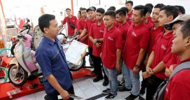Alumni SMK TBSM Honda Ini Kini Sukses Jadi Pengusaha Bengkel
